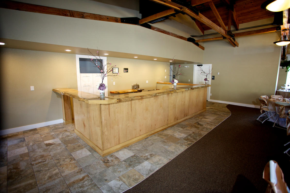 800 Moraine Event Space Bar Area